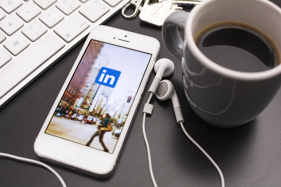 Cultivating a Community Through LinkedIn Groups: 5 Best Practices 1